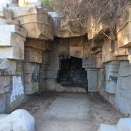 Large animal enclosure